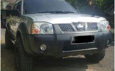 Nissan Frontier NP300 2010 dijual
