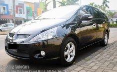 Toyota Grandis 2.4 Automatic 2005 Dijual