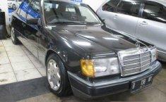 Mercedes-Benz 230E 1992 Dijual