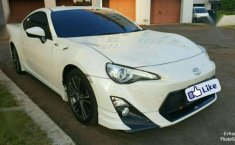 Dijual Toyota FT86 Coupe Sport TRD Aero Package White on Blackred 2016