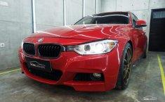 BMW 328i F30 2.0 Sedan 2013 Merah