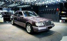 Mercedez-Benz E220 1994