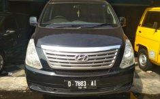 Hyundai Starex 2.5 Manual 2012