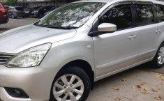 Nissan Grand Livina XV 2015 Silver