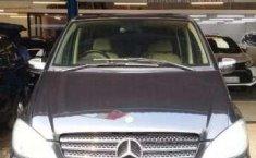 Mercedes-Benz Viano Manual 2010 Dijual