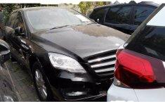 Mercedes-Benz R300 L 2011 Dijual