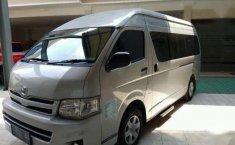 Toyota Hiace Commuter Manual 2013 dijual