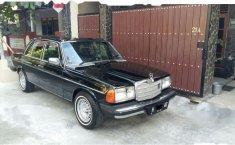 Mercedes-Benz 280E 1981  dijual