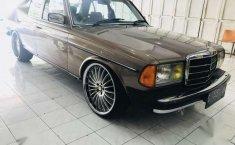 Mercedes-Benz 230E MT Tahun 1980 Dijual