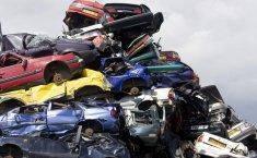 Cara Tegas India Atasi Kemacetan, Hancurkan Mobil Berusia 15 Tahun