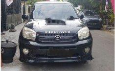 Toyota RAV4 LWB 2004 SUV dijual