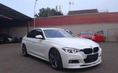 Jual BMW 330i M Sport 2015