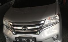 Jual mobil Nissan Serena Highway Star Autech 2014