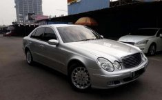 Mercedes-Benz E200 AT 2003 Dijual
