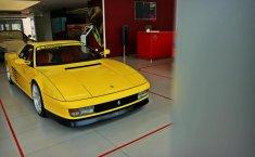 Review Ferrari Testarossa 1988