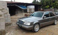 1990 Mercedes-Benz 300E W124 Dijual