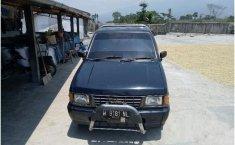 Isuzu Pickup Standard 2002  dijual