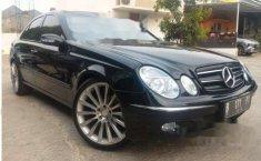 Mercedes-Benz E200K 2003 Sedan Dijual