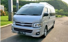 Toyota Hiace High Grade Commuter 2013 Van dijual