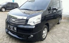 Toyota NAV1 V 2013 AT Dijual