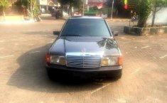 Mercedes-Benz 190E W201 2.0 Automatic 1990 Sedan Dijual
