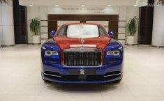 Selera Aneh Orang Kaya, Biar Keren Rolls-Royce Pakai Warna Metromini