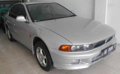 Mitsubishi Galant V6-24 2000 Sedan