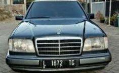 Mercedes-Benz 300E MT Tahun 1995 Dijual