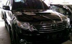 Jual mobil Toyota Fortuner G 4x4 VNT 2015