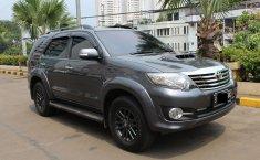Toyota Fortuner G Diesel Automatic Grey 2015 dijual