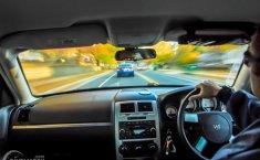 Biar Tetap Aman di Jalan, Berikut Tips Defensive Driving