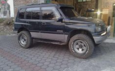 Suzuki Vitara MT Tahun 1992 Dijual