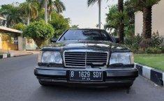Mercedes-Benz 300CE C124 3.0 Automatic 1989 Hitam dijual