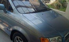 Jual mobil Hyundai Trajet GL8 2004