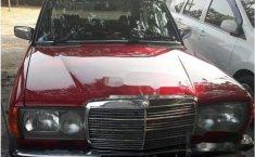 Mercedes-Benz 230E W123 2.3 Manual 1980 Sedan dijual