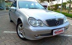 Mercedes-Benz C320 Avantgarde 2001 Sedan dijual