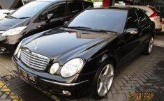 Mercedes-Benz E260 2004 Dijual