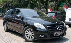 Mercedes-Benz R300 LT AT 2011 Dijual