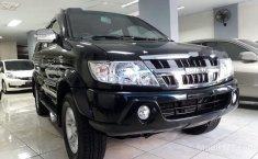 Isuzu Panther GRAND TOURING 2010 SUV dijual