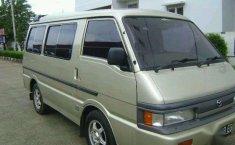 2003 Mazda E2000 Ltd Dijual