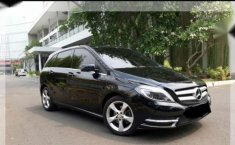 Mercedes-Benz B200 Sport AT 2015