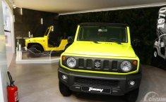 Paris Motor Show 2018: Suzuki Jimny Bersanding Ramah dengan Sang Kakek