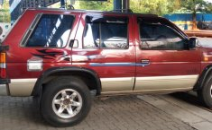 Nissan Terrano Kingsroad K1 MT 1997 dijual