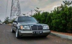 Mercedes-Benz 230E NA 1990 Dijual