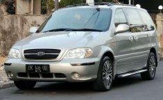 2004 Kia Sedona 2.5 LS V6 Dijual
