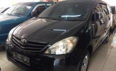 Toyota Kijang Innova 2,0 E Manual 2010 Dijual
