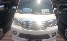 Jual Daihatsu Luxio X 2014