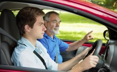 Tetap Aman di Jalan, Pelajari Tips Menghadapi Pengemudi Pemula