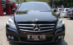 Mercedes-Benz R300 L Family 2011 Dijual