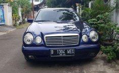 Mercedes-Benz E230 W210 2.3 Automatic 1997 Dijual